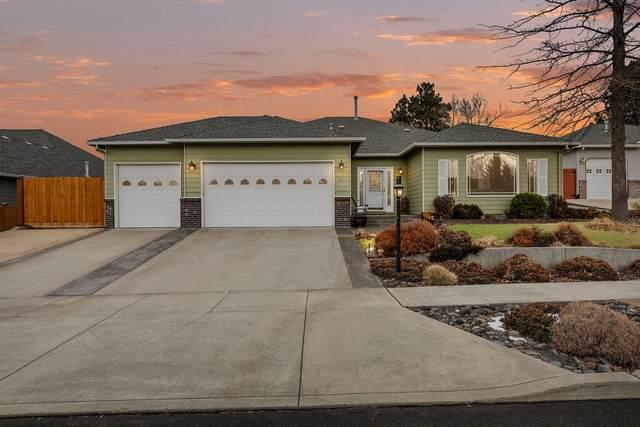 340 SE Sena Court, Bend, OR 97702 (MLS #220116903) :: Fred Real Estate Group of Central Oregon