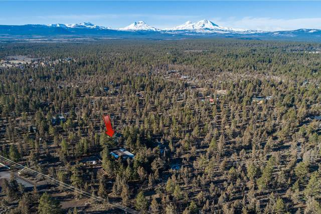67367 Gist Road, Bend, OR 97703 (MLS #220117216) :: Coldwell Banker Bain