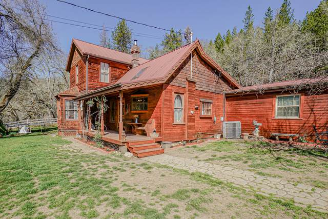 21612 Antioch Road, White City, OR 97503 (MLS #220117323) :: Rutledge Property Group