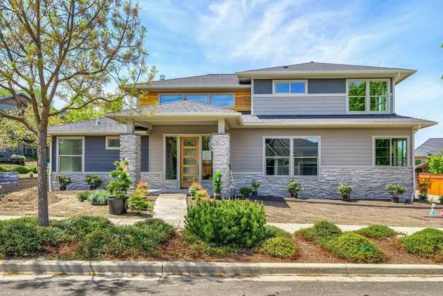 411 Lindsay Lane, Ashland, OR 97520 (MLS #220118055) :: Central Oregon Home Pros