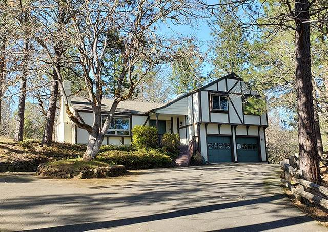 120 Crystal Drive, Grants Pass, OR 97527 (MLS #220118550) :: Schaake Capital Group