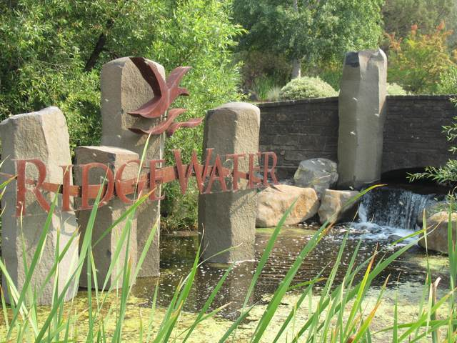 6335 Rustler Peak Way, Klamath Falls, OR 97601 (MLS #220118696) :: Oregon Farm & Home Brokers