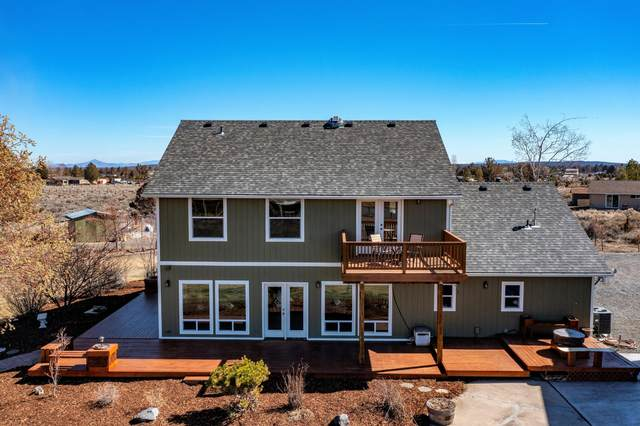 17552 Plainview Court, Bend, OR 97703 (MLS #220118895) :: Fred Real Estate Group of Central Oregon