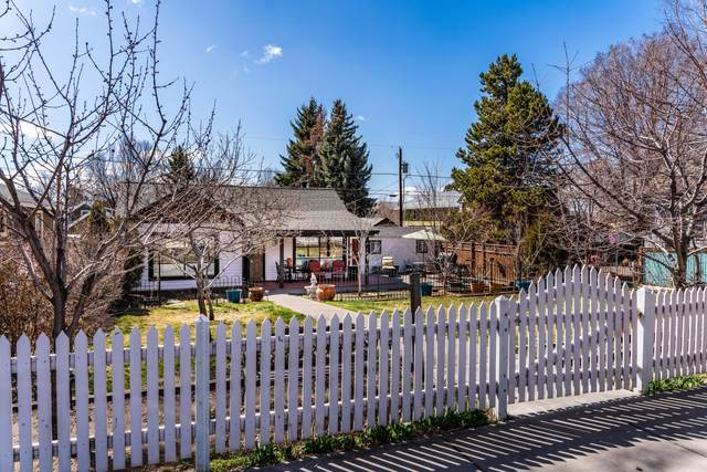621 NW Delaware Avenue, Bend, OR 97703 (MLS #220119562) :: Berkshire Hathaway HomeServices Northwest Real Estate