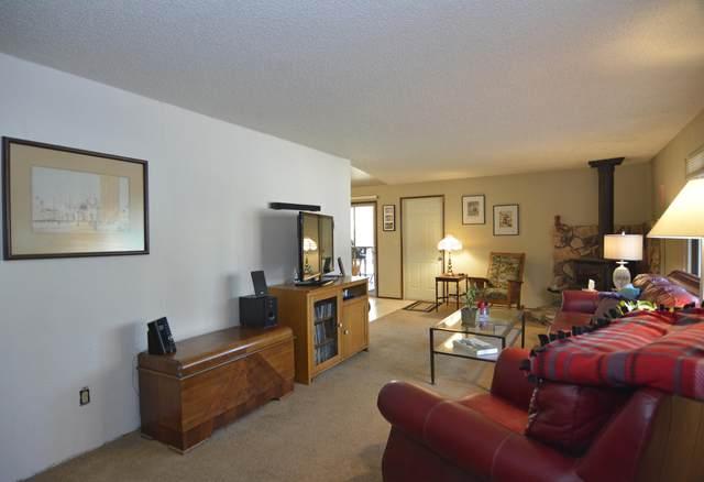 18100 Juniper Lane, Sunriver, OR 97707 (MLS #220119668) :: Bend Homes Now