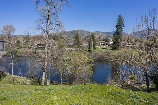 1040 SW Zane Grey Court, Grants Pass, OR 97527 (MLS #220120148) :: The Riley Group