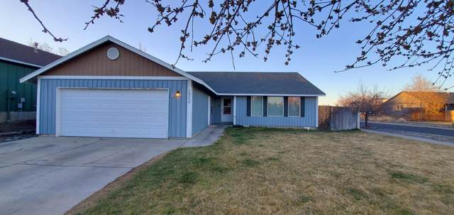 20298 Morgan Loop, Bend, OR 97701 (MLS #220120614) :: Stellar Realty Northwest
