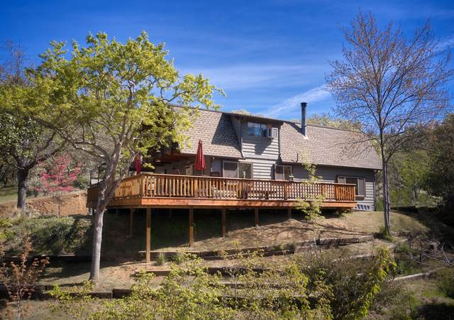 1609 China Gulch Road, Jacksonville, OR 97530 (MLS #220120801) :: Top Agents Real Estate Company