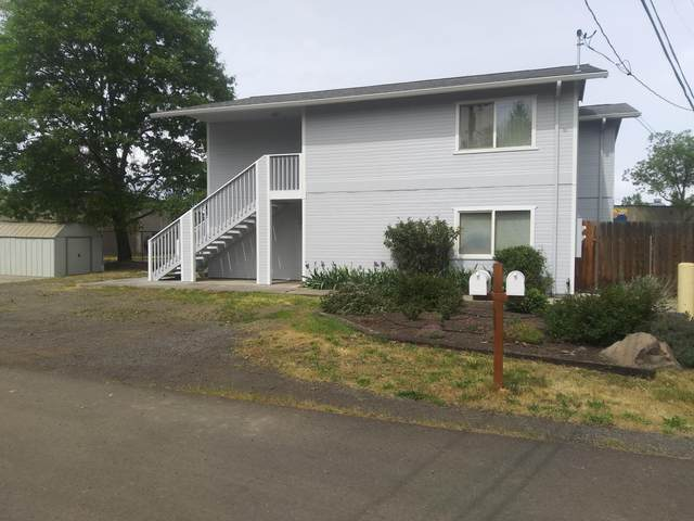 220-224 Odell Street, Eagle Point, OR 97524 (MLS #220120929) :: FORD REAL ESTATE
