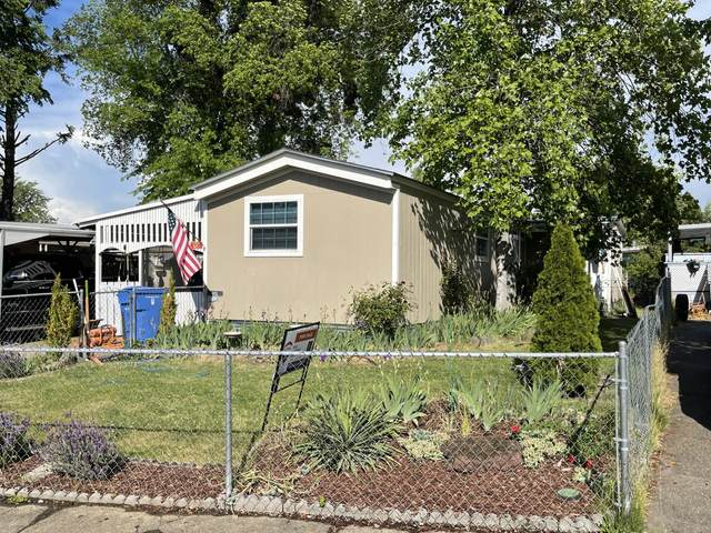 3600 Avenue G Spc 72, White City, OR 97503 (MLS #220121178) :: Bend Relo at Fred Real Estate Group
