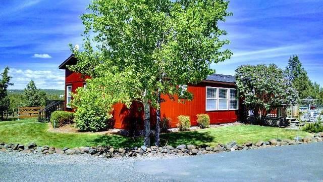 5237 SE Sunny Hills Court, Prineville, OR 97754 (MLS #220121243) :: Central Oregon Home Pros