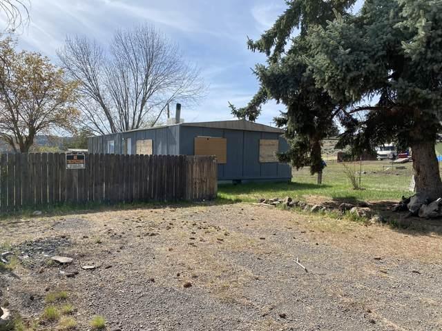 4890 Weyerhaeuser Road, Klamath Falls, OR 97601 (MLS #220121471) :: Central Oregon Home Pros