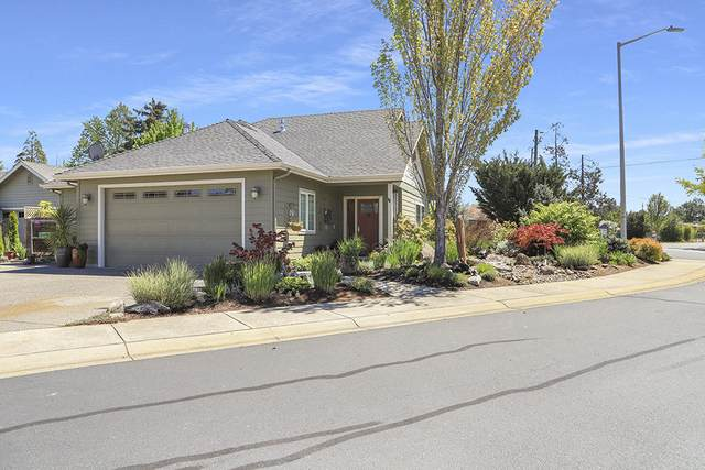 1369 SW Argo Lane, Grants Pass, OR 97527 (MLS #220121660) :: FORD REAL ESTATE