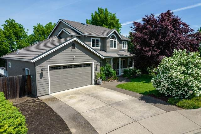 2951 Chancery Circle, Medford, OR 97504 (MLS #220122046) :: The Ladd Group