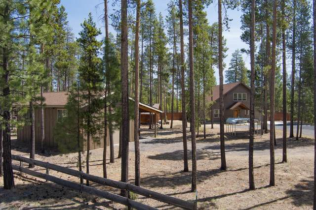 152235 Silver Spur Road, La Pine, OR 97739 (MLS #220122139) :: Central Oregon Home Pros