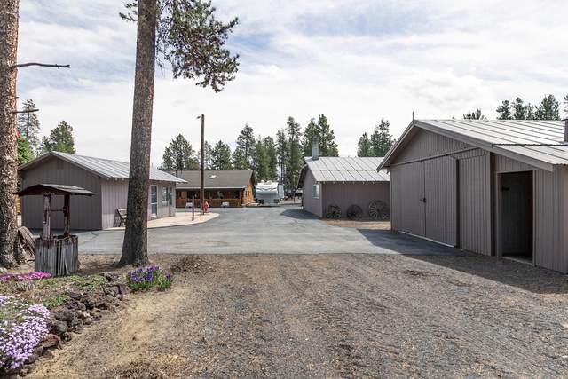 854 Fort Jack Pine Drive, Gilchrist, OR 97737 (MLS #220122165) :: Chris Scott, Central Oregon Valley Brokers
