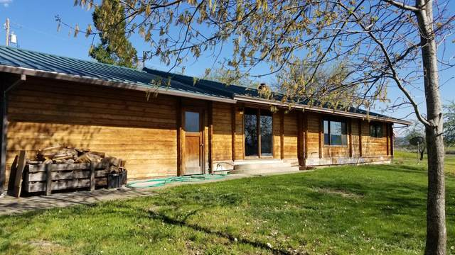 3582 Beagle Road, White City, OR 97503 (MLS #220122209) :: Keller Williams Realty Central Oregon