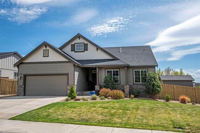 4820 SW Umatilla Avenue, Redmond, OR 97756 (MLS #220122469) :: Fred Real Estate Group of Central Oregon