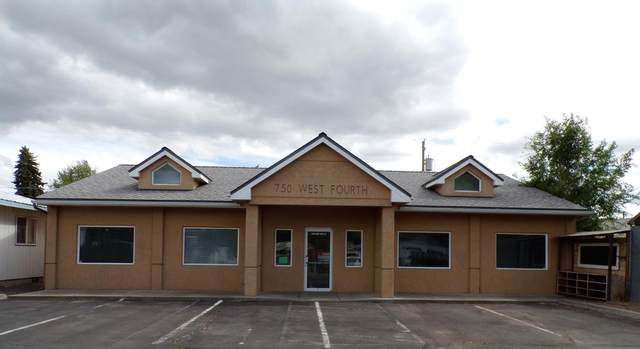 750 NW 4th Street, Prineville, OR 97754 (MLS #220122548) :: Fred Real Estate Group of Central Oregon