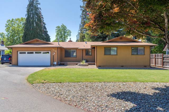 1314 Tobin Court, Grants Pass, OR 97527 (MLS #220122582) :: Keller Williams Realty Central Oregon