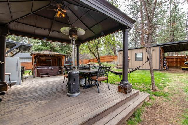 19923 Pine Cone Drive, Bend, OR 97702 (MLS #220122583) :: Arends Realty Group