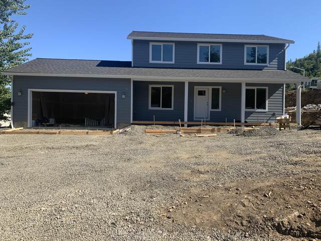 130 Linda Lane, Shady Cove, OR 97539 (MLS #220122664) :: Bend Relo at Fred Real Estate Group