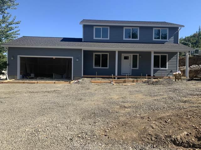 130 Linda Lane, Shady Cove, OR 97539 (MLS #220122664) :: Keller Williams Realty Central Oregon