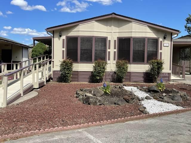 726 Mindy Sue, Medford, OR 97501 (MLS #220123016) :: Chris Scott, Central Oregon Valley Brokers