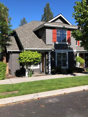 1619 NW Lewis Street, Bend, OR 97703 (MLS #220123039) :: Coldwell Banker Bain