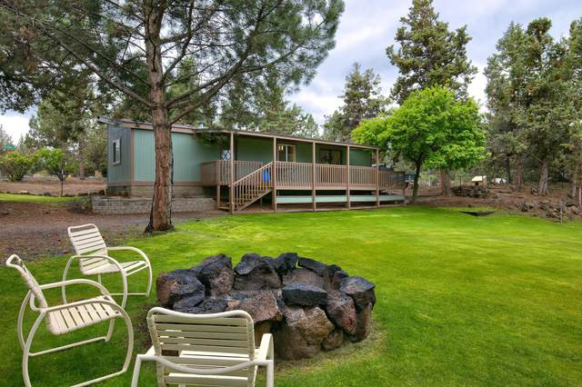 63813 Scenic Drive, Bend, OR 97703 (MLS #220123442) :: Chris Scott, Central Oregon Valley Brokers