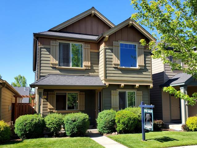 61209 Dayspring Drive, Bend, OR 97702 (MLS #220123869) :: The Riley Group