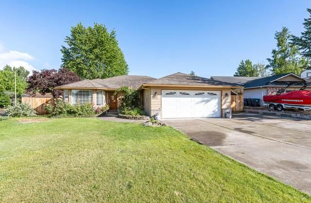 2201 Creston Court, Medford, OR 97504 (MLS #220124093) :: Chris Scott, Central Oregon Valley Brokers
