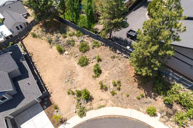 2335 NW Bens Court, Bend, OR 97703 (MLS #220124253) :: The Ladd Group