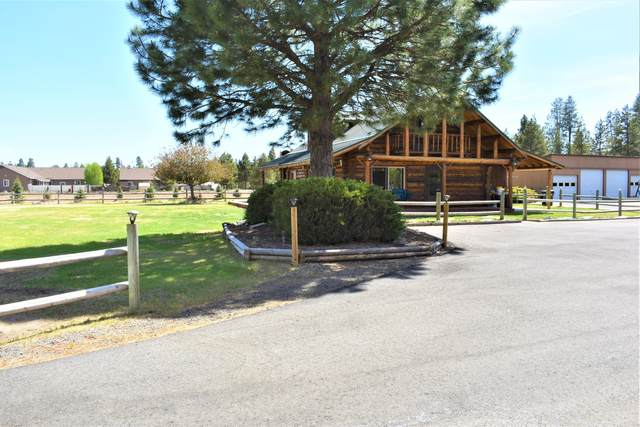 52687 Day Road, La Pine, OR 97739 (MLS #220124331) :: Berkshire Hathaway HomeServices Northwest Real Estate