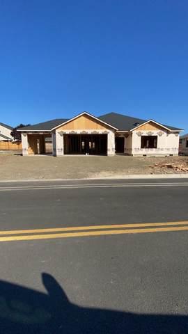 428 Arrowhead Trail Lot 520, Eagle Point, OR 97524 (MLS #220124406) :: Premiere Property Group, LLC