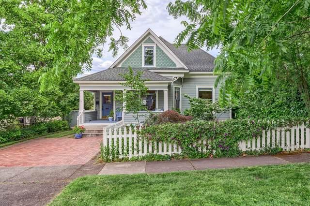 188 Alida Street, Ashland, OR 97520 (MLS #220124519) :: Berkshire Hathaway HomeServices Northwest Real Estate