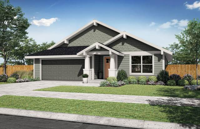 1773 NE 4th Street, Redmond, OR 97756 (MLS #220124584) :: Team Birtola | High Desert Realty
