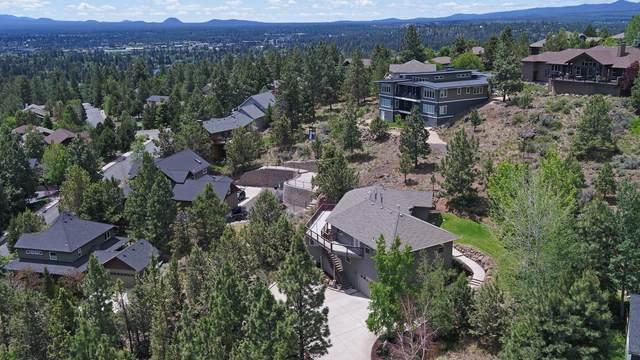 553 NW Greyhawk Avenue, Bend, OR 97703 (MLS #220124737) :: Chris Scott, Central Oregon Valley Brokers