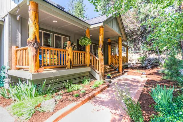 17065 Azusa Road, Bend, OR 97707 (MLS #220125693) :: The Ladd Group
