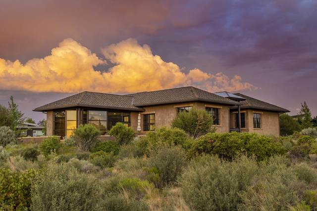 18979 Park Commons Drive, Bend, OR 97703 (MLS #220125745) :: Schaake Capital Group