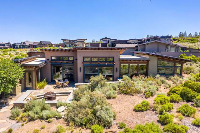 62608 Sparrow Hawk Circle, Bend, OR 97703 (MLS #220126246) :: Fred Real Estate Group of Central Oregon
