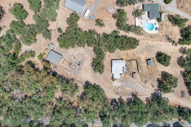 6155 Tamarack Lane, Central Point, OR 97502 (MLS #220126287) :: Team Birtola | High Desert Realty