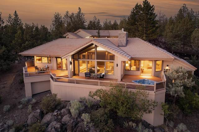 2734 NW Three Sisters Drive, Bend, OR 97703 (MLS #220126352) :: The Ladd Group