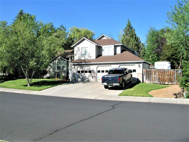 3153 SW 36th Street, Redmond, OR 97756 (MLS #220127053) :: Fred Real Estate Group of Central Oregon