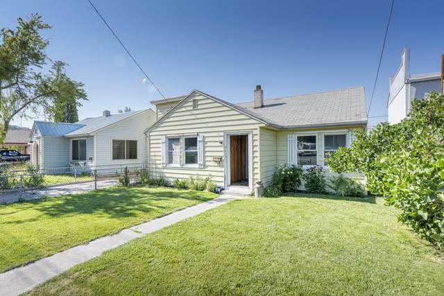 945 NW 2nd Street, Prineville, OR 97754 (MLS #220127827) :: Berkshire Hathaway HomeServices Northwest Real Estate