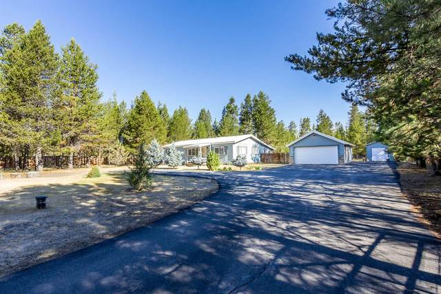15938 Cascade Lane, La Pine, OR 97739 (MLS #220127840) :: Fred Real Estate Group of Central Oregon