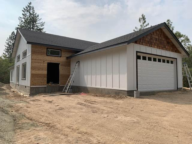 922 Palomino Drive, Grants Pass, OR 97526 (MLS #220128052) :: The Riley Group