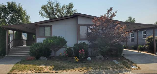 819 Bentley Drive, Grants Pass, OR 97526 (MLS #220128055) :: Arends Realty Group