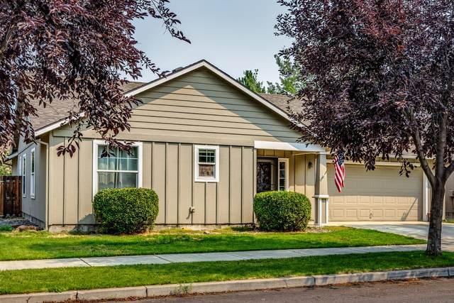 3427 SW Kalama Avenue, Redmond, OR 97756 (MLS #220128394) :: Chris Scott, Central Oregon Valley Brokers