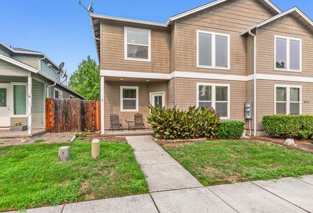 3171 Forest Hills Drive A, Medford, OR 97504 (MLS #220128892) :: Vianet Realty